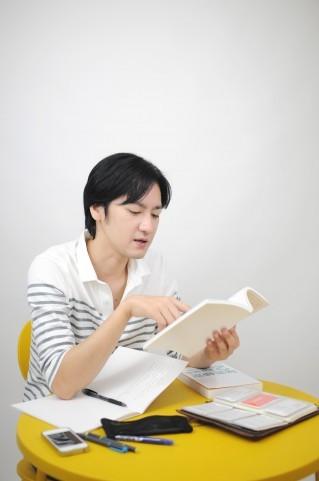 1人で英語を学習する方法